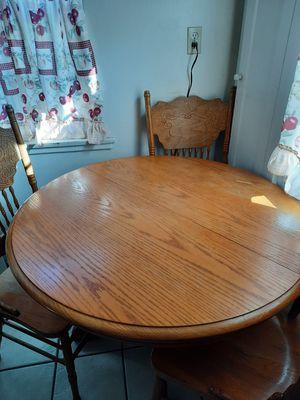 Kitchen table for Sale in San Fernando, CA