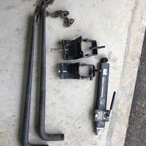 Trailer hitch Accessories . Weight Distribution Bars, Trailer Hooks And Sway Control. No Hitch Included. for Sale in Escondido, CA