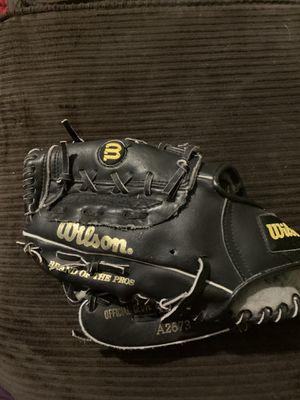 Wilson baseball glove A2673 for Sale in Lawrenceville, GA