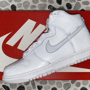 Nike Dunk Hi Pure Platinum Sz 5 for Sale in Hialeah, FL