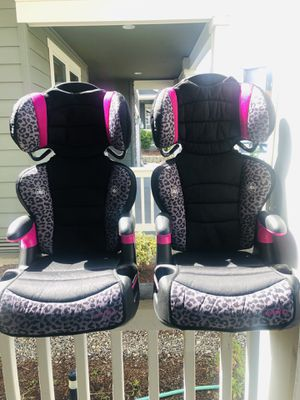2 Evenflo Front Facing Car Seat/ Booster Seats. $25 Each for Sale in Federal Way, WA