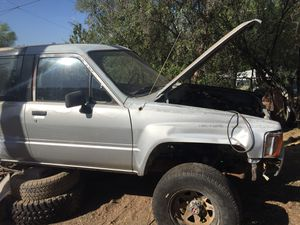 84-89 Toyota 4Runner Parts (Clean Title) Lots of good Toyota Truck & 4RUNNER parts for Sale in Phoenix, AZ