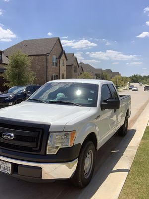Ford F150 2014 xl runs and drives great 9500$ or best offer one owner for Sale in Davenport, FL