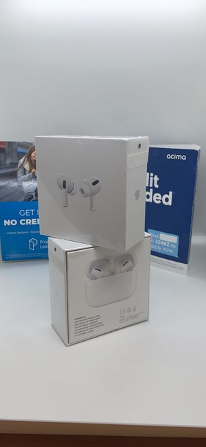 APPLE AIPODS HEADPHONES for Sale in Irving, TX