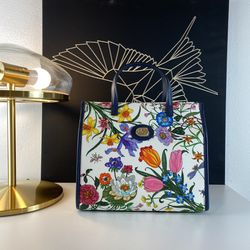 Gucci Blue Floral Tote Crossbody $1490 for Sale in Los Angeles,  CA