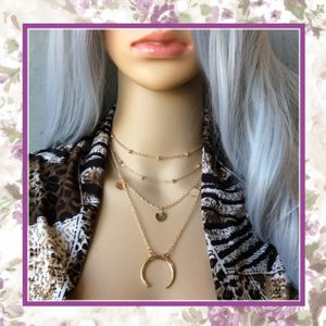 NEW GOLD DOUBLE HORN LAYER NECKLACE CRESCENT MOON for Sale in Las Vegas, NV
