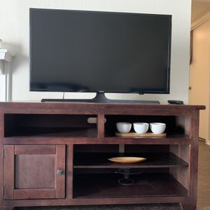 """Samsung 40"""" Class FHD (1080P) Smart LED Tv for Sale in Plano, TX"""