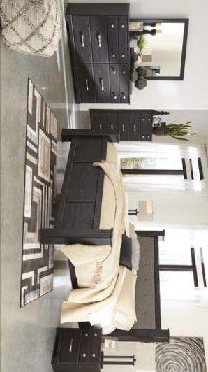 Reylow Dark Brown Poster Bedroom Set | B555 ASHLEY for Sale in Houston, TX