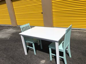 New With Kitchen Table And 2 Chairs for Sale in North Las Vegas, NV