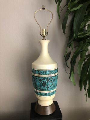 Vintage ceramic table lamp for Sale in Federal Way, WA