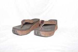 Volatile high wedges sandal flip flops for Sale in PT CHARLOTTE, FL