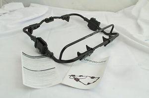 Uppababy vista graco car seat adapter for Sale in Alexandria, VA