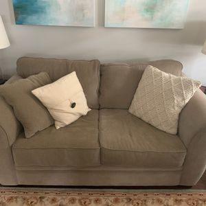 Love Seat Purchased from Macy's for Sale in Raleigh, NC