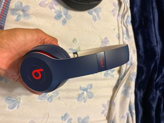 Beats Solo 3 - Club Navy for Sale in San Diego,  CA