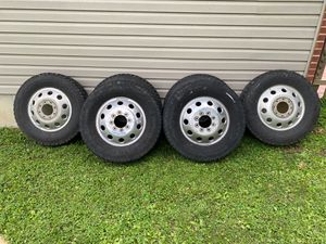 Dodge Dually Factory wheels 17' for Sale in St. Louis, MO