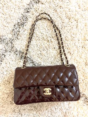 CHANEL FLAP BAG AVAILABLE for Sale in San Francisco, CA