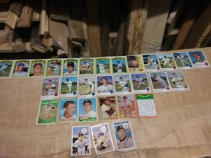 Little over 120 baseball cards couple from the 50's all Most half from 60's and rest from the 70's all of the card's are Boston Red Sox's asking $50 for Sale in Granite Falls, WA
