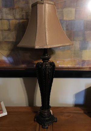 Beautiful vintage lamp for Sale in Columbus, OH