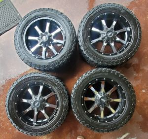 20x9 offroad Mickey Thompson wheels and Moto Metal rims chevy or ford. for Sale in Miami Gardens, FL