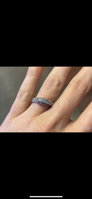 3 stone diamond engagement ring for Sale in Brook Park, OH