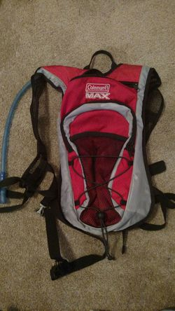 New.Coleman Max Lightweight Hydration Backpack With 2L bladder Red for Sale in Cary,  NC