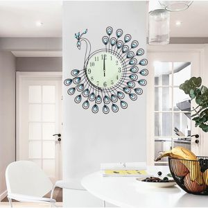 Extravagant Wall hanging clock- office, bedroom, dinning room, kitchen, home decor for Sale in Orlando, FL