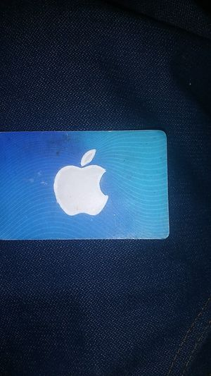 Apple gifte card wortb 60 for Sale in Tacoma, WA