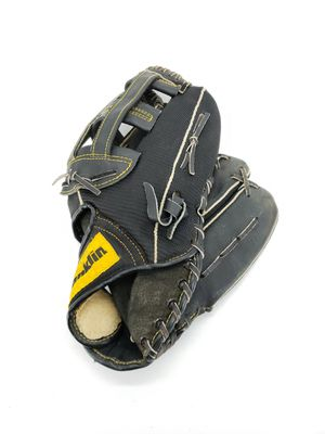 "Franklin Genuine Leather Adult Baseball Glove 1951 Right Hand Thrower 13"" for Sale in Beverly Hills, FL"