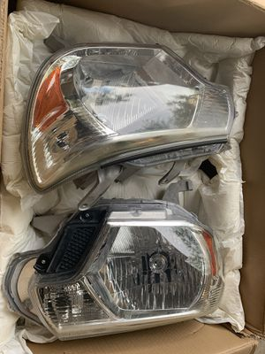 Tacoma headlights for Sale in Las Vegas, NV