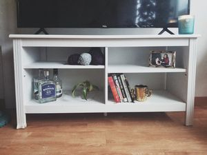 Cozy console table/shelf for Sale in Seattle, WA