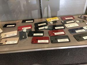 Pre owned - unlocked iPhones and Samsung for sale for Sale in Nicholasville, KY