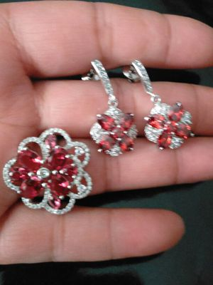 Large Pinkish Flowers Earrings and Ring, size 8 💖💍 for Sale in Colorado Springs, CO