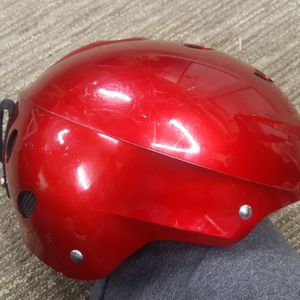 L Snow/Extreme Sports Helmet for Sale in North Bend, WA