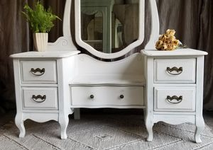 Beautiful chalk painted antique vanity and stool for Sale in St. Petersburg, FL