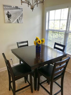 High Top Kitchen Table with 4 Chairs for Sale in Lexington, KY