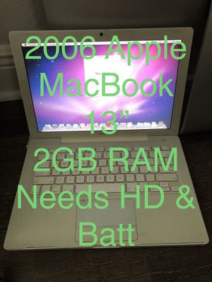 2006 Apple MacBook White Needs HD, Battery for Sale in Miami Gardens, FL