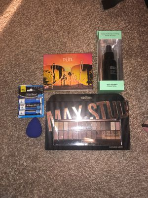 Makeup for Sale in Fort Worth, TX