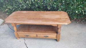 Solid wood coffee table w/storage drawers for Sale in Los Angeles, CA