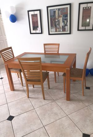Dinning Table with 4 Chairs and a Sofa Table Solid Wood for Sale in Kissimmee, FL