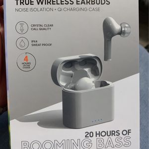 Wireless headphones for Sale in Worcester, MA