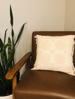 Vintage Crochet Throw Pillow for Sale in Lexington,  KY