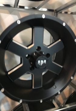 JEEP WHEELS SET!! for Sale in Pacific,  WA