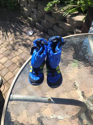 Stride rite snow boots for kids size 8.5w for Sale in San Jose, CA