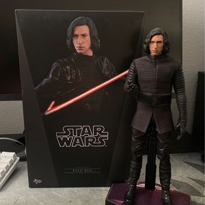 Hot Toys Kylo Ren for Sale in Long Beach, CA