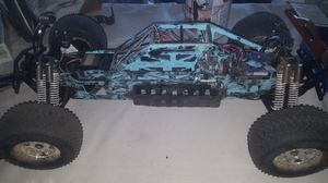 Hpi savage flux with extended chassis for Sale in Morro Bay, CA