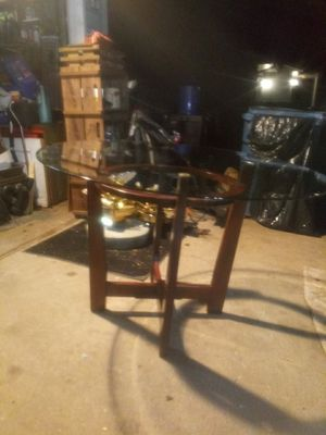 (BRAND NEW) glass table for Sale in Troy, IL