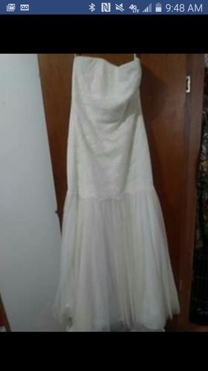 Wedding Dress for Sale in Cowansville, PA