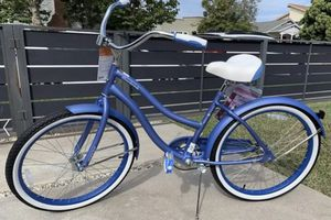"""Huffy 24"""" Cranbrook Women's Comfort Cruiser in Periwinkle Blue IN BOX for Sale in Fremont, CA"""