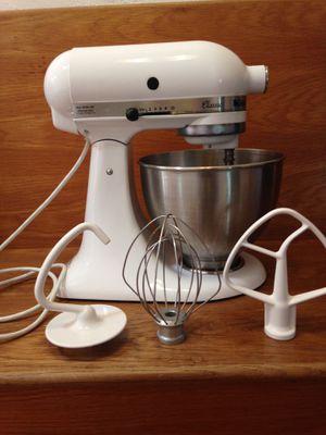 White Kitchenaid enamel kitchen mixer for Sale in Piedmont, CA
