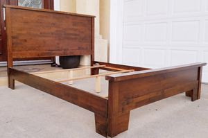 Beautiful SOLID WOOD Queen Sz Size Bed Frame Bedframe (NO MATTRESS) for Sale in Monterey Park, CA